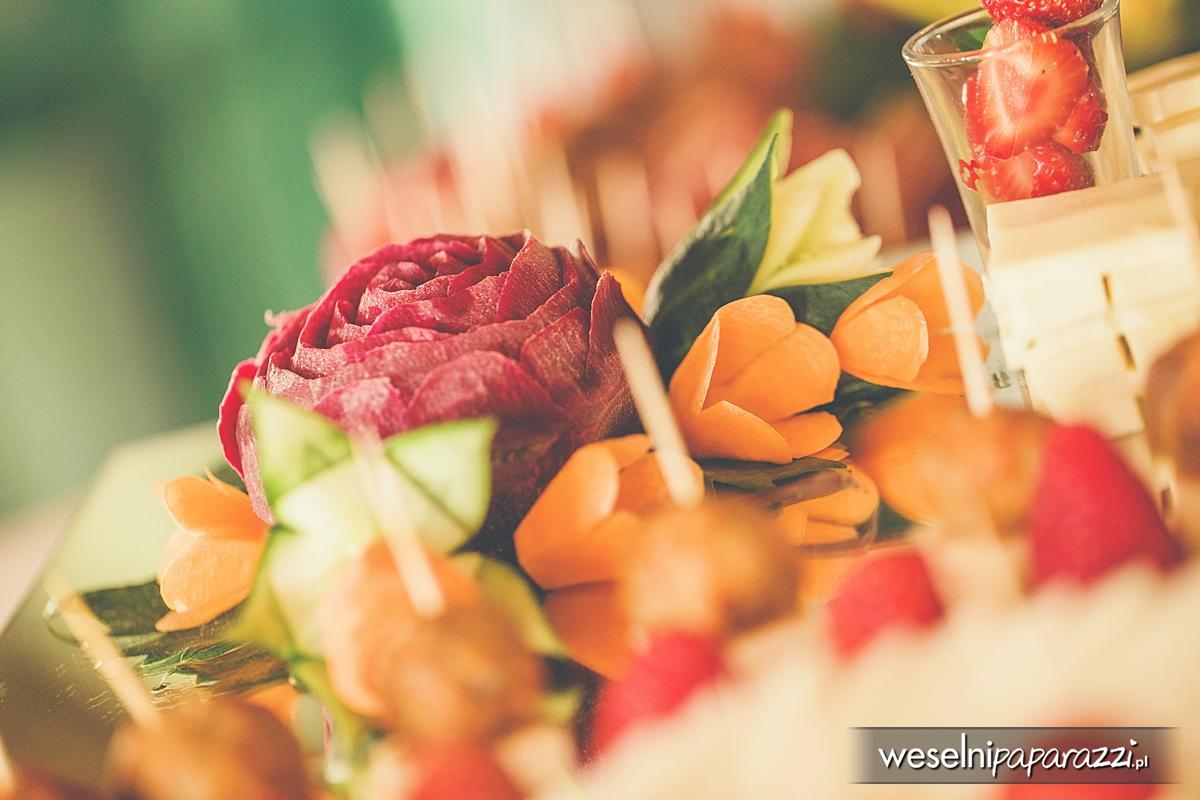 Stół weselny w stylu lat 50