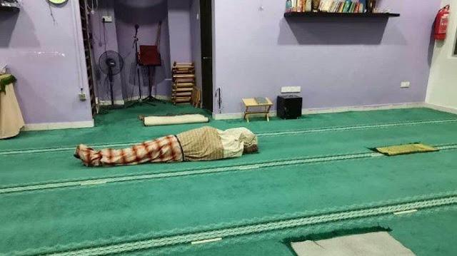 Muazin Meninggal Dunia saat Azan Subuh, Nafas Berhenti Usai Ucap 'Asyhadu an Laa Ilaha Illallah'