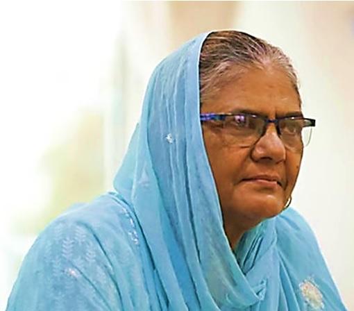 मेहरूनिसा-नवजुद्दीन सिद्दीकी की मां।