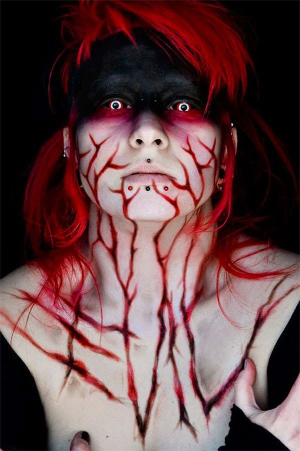 Cruel Looks of Female Halloween Makeup