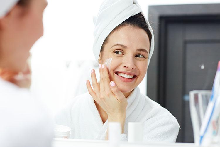 Skin Lightening: Make Yourself Glow Again