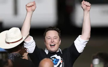 """Elon Musk's """"weird"""" reaction to being the richest man in the world"""