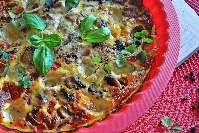 Omlet z pieczarkami i mozzarellą