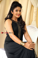 Kannada Actress Divya Uruduga Pos in Black Long Dress at Huliraaya Movie Audio Release Event  0010.jpg