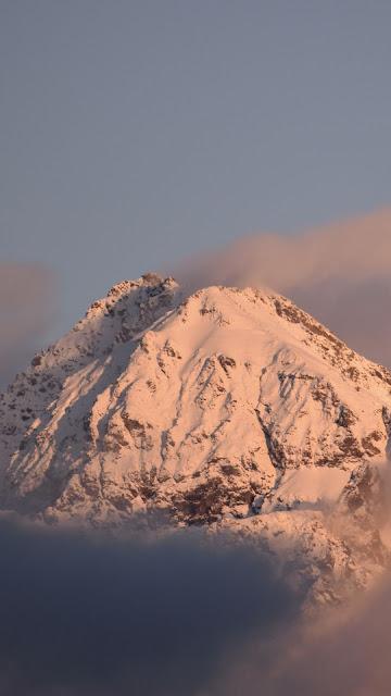 Calm Mountain Landscape Full HD Wallpaper