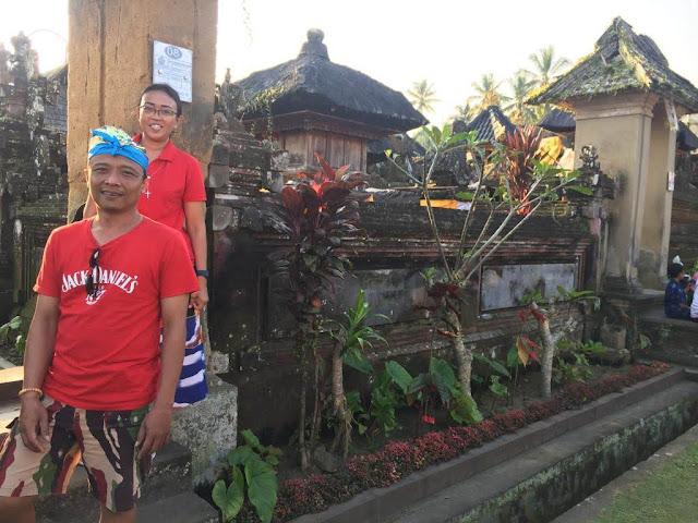 Angkul-angkul dan Pura Keluarga Desa Penglipuran