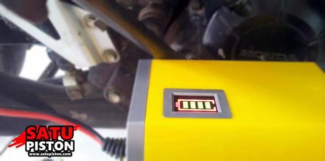 Unboxing Charger Aki Motor Otomatis 12 Volt 6 Ampere 90 ribuan, Apa Saja Yang Didapat?