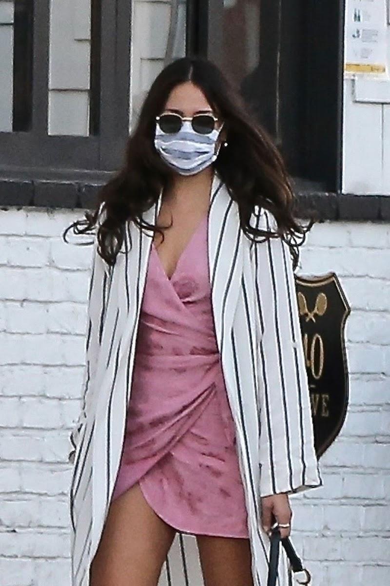 Eiza Gonzalez Clicked Outside in Los Angeles  8 Nov-2020