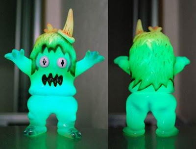 """Dark Side of the Ugly"" GID Ugly Unicorn by Rampage Toys"