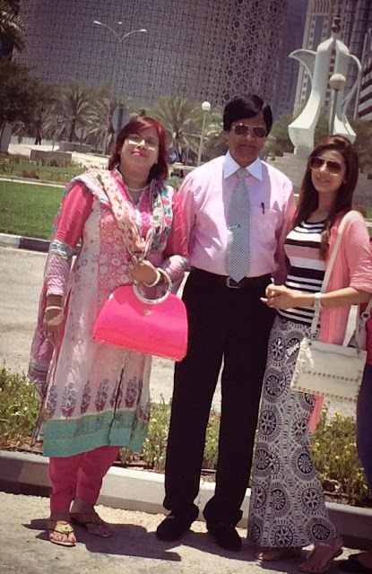 Bidya Sinha Saha Mim With Her Father And Mother