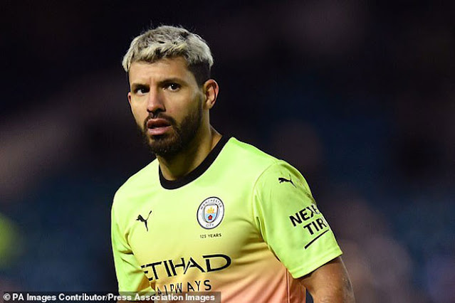 Aguero bất ngờ cầm đầu vụ nổi loạn Ngoại hạng Anh: Man City điên đầu 2
