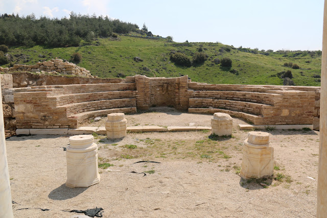 The remainings of semicircular structure with seating for the priests during the liturgy at Church of the Sepulchre in Pamukkale, Turkey