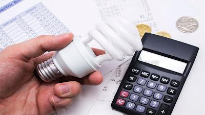 R$ 32 bilhões em taxas extras na conta de luz já pagaram os brasileiros