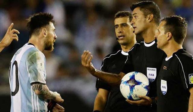 Messi gây thù chuốc oán Nam Mỹ: Sau nguy cơ án phạt nặng lại đón tin cực buồn 2