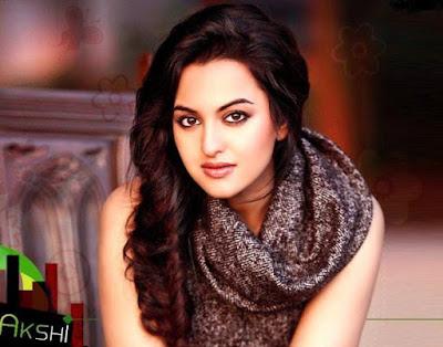 Model Rambut Panjang Sonakshi Sinha