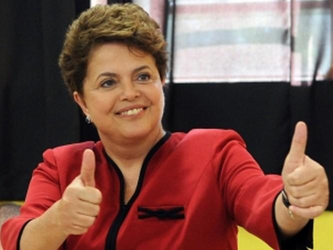 Presidente Dilma quer cobrar imposto da Internet