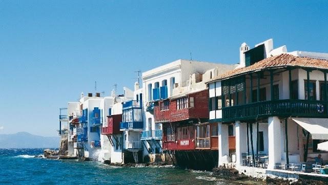 TUI: Η Ελλάδα μεταξύ των χωρών που έχουν «καλές πιθανότητες» να ανοίξουν σύντομα για τουρισμό