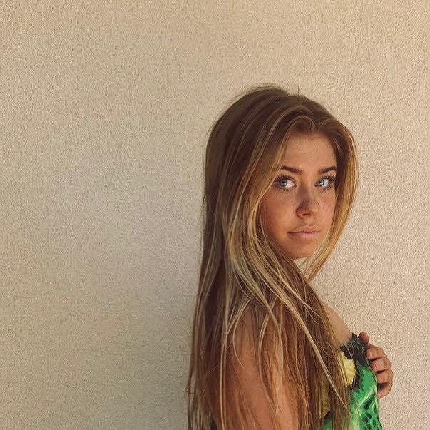 Bella Birlem  biography