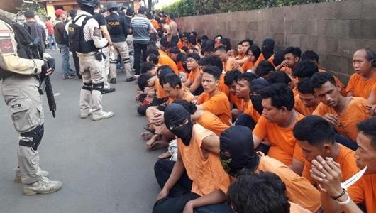 Polisi: 183 Perusuh di Slipi Berasal dari Jawa Barat hingga Sumatera