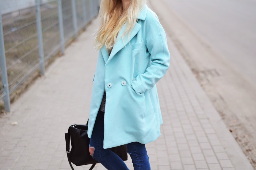 http://www.frontrowshop.com/product/oversized-coat?cid=114