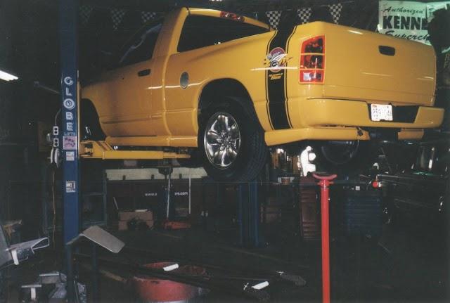 2005 Dodge Ram Rumble Bee Hemi