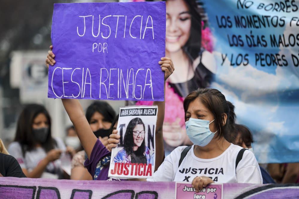 """Otra multitudinaria concentración gritó """"basta de femicidios"""" en Jujuy"""