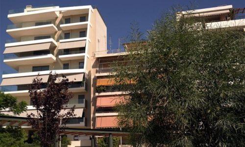 Εκπνέει η προθεσμία για τους ιδιοκτήτες ακινήτων οι οποίοι έχουν λάβει τις αποζημιώσεις για τα ενοίκια που δεν εισέπραξαν τον Ιούλιο, καθώς θα πρέπει να υποβάλλουν τις δηλώσεις COVID στην πλατφόρμα της ΑΑΔΕ έως το τέλος του μήνα.