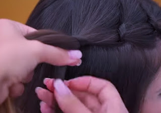 cute and easy hairstyle for short hair