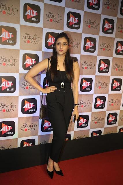 Actress Mannara Chopra Latest Pics At Event Navel Queens