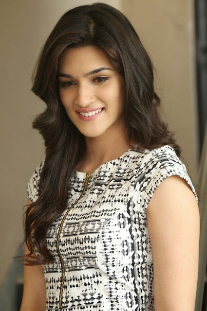 Actress Kriti Sanon Beautiful Images