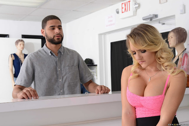Cali Carter – Store Whore Credit (Big Tits At Work)