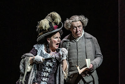 Mozart: Le nozze di Figaro - Louise Winter, Jonathan Best - The Grange Festival 2019 (Photo Clive Barda)