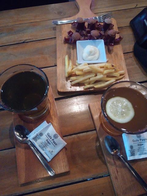 Wisata Kuliner di  Checo Café and Resto- Café yang Menenangkan dan Inspiratif