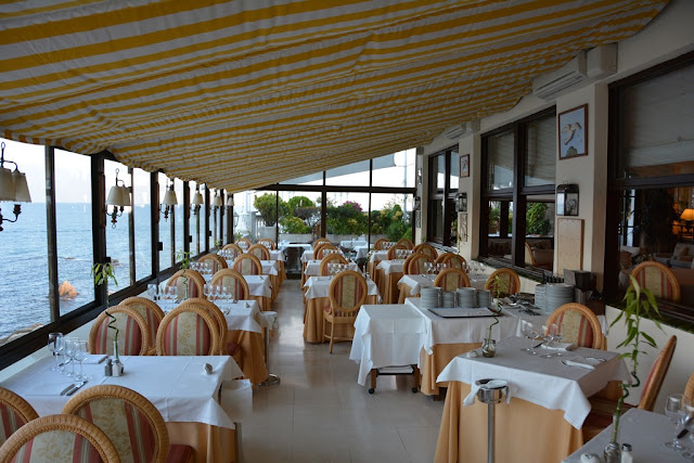 Hotel Costa Brava restaurant with a view