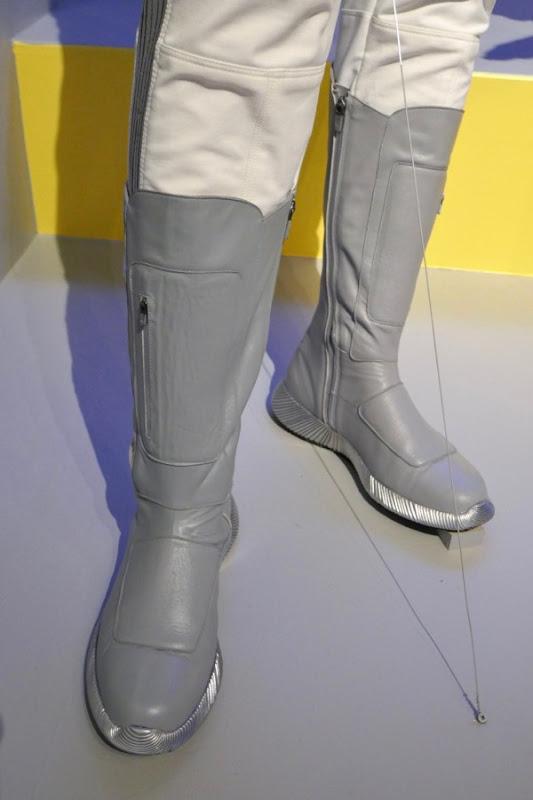 Star Trek Discovery Dr. Culber Starfleet uniform boots