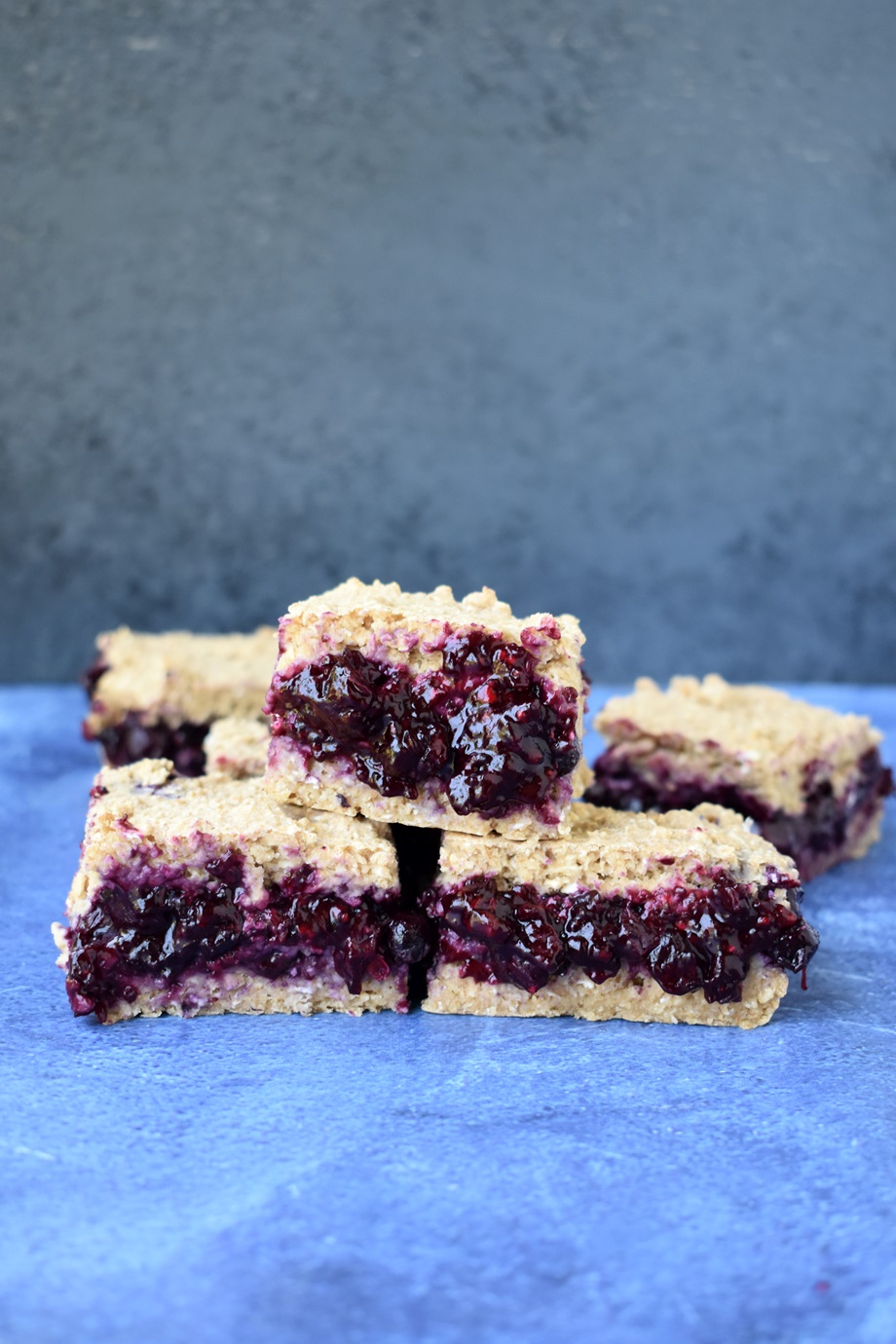 Blueberry Pie Oatmeal Bars