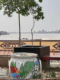 pelabuuhan kapal dan kelotok di kota marabahan