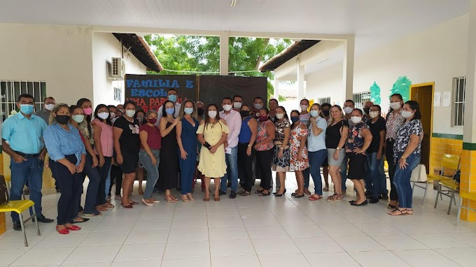 Prefeita Vanderly Monteles se reúne com Secretário de Educação e toda a equipe da SEMED de Anapurus para últimos detalhes da mais nova escola de tempo integral