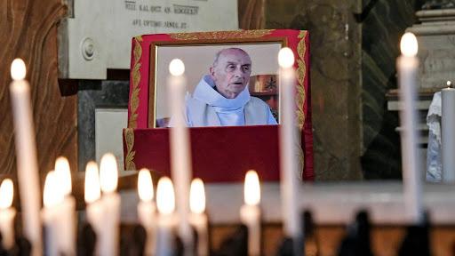 Keuskupan Rouen Kenang Pastor Jacques yang Tewas Diserang Teroris Saat Pimpin Misa