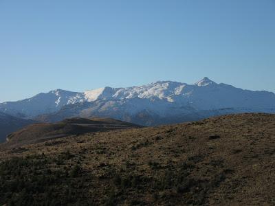 Coronet Peak desde el sendero de Queenstown Hill, Nueva Zelanda