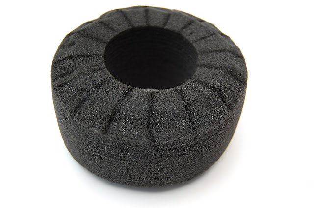 Axial AX10 tire foam cutting
