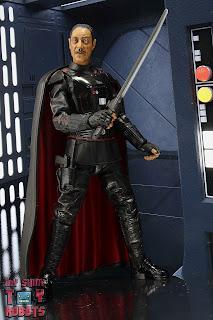 Star Wars Black Series Moff Gideon 02