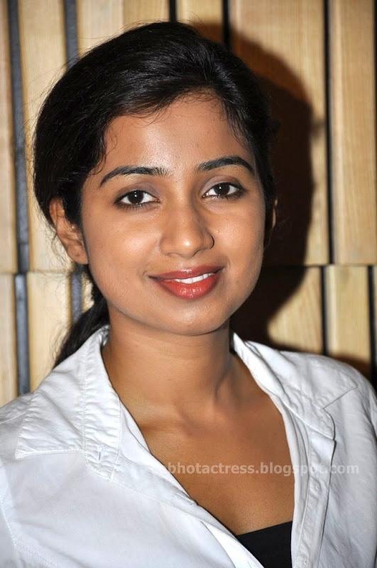 Singer Shreya Ghoshal Hot Sexy Spicy Bikini Cute Unseen -8590