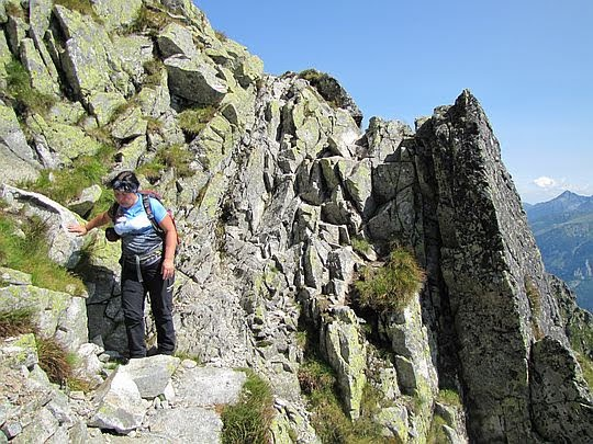 Zejście ze szczytu Małej Buczynowej Turni.