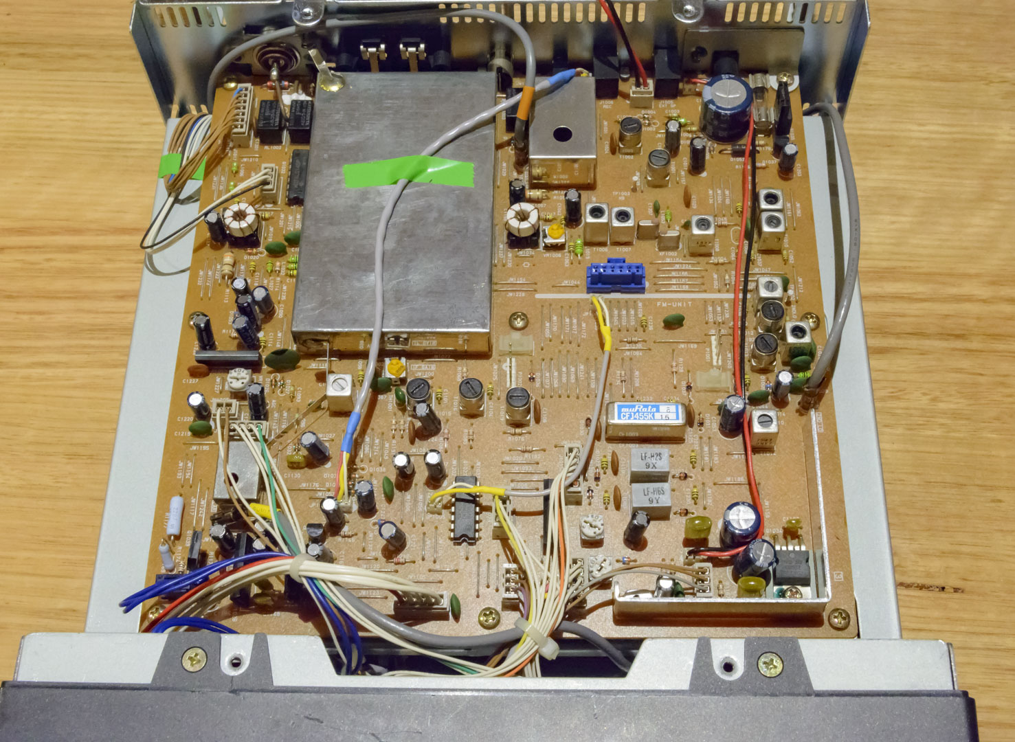 Retro Receiver Review 12 The Yaesu Frg 100 Mount Evelyn Dx Report Native Union Belt Cable Lightning Marine 12m Underneath Hood Top Cover Off With Main Board Showing Surface Components Are Soldered To Underside Of This