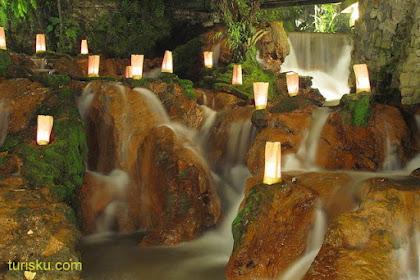 Suka Makan Banyak? Coba Tempat Wisata Kuliner di Bandung, Yuk!