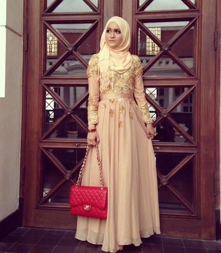 ... Trend Baju Muslim Pesta Simple Elegan Modern Terbaru 2017 2018 ea15562858