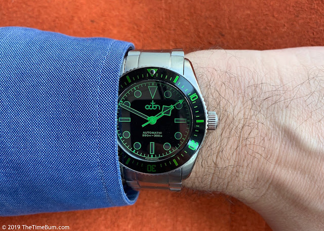Octon automatic dive watch black green wrist
