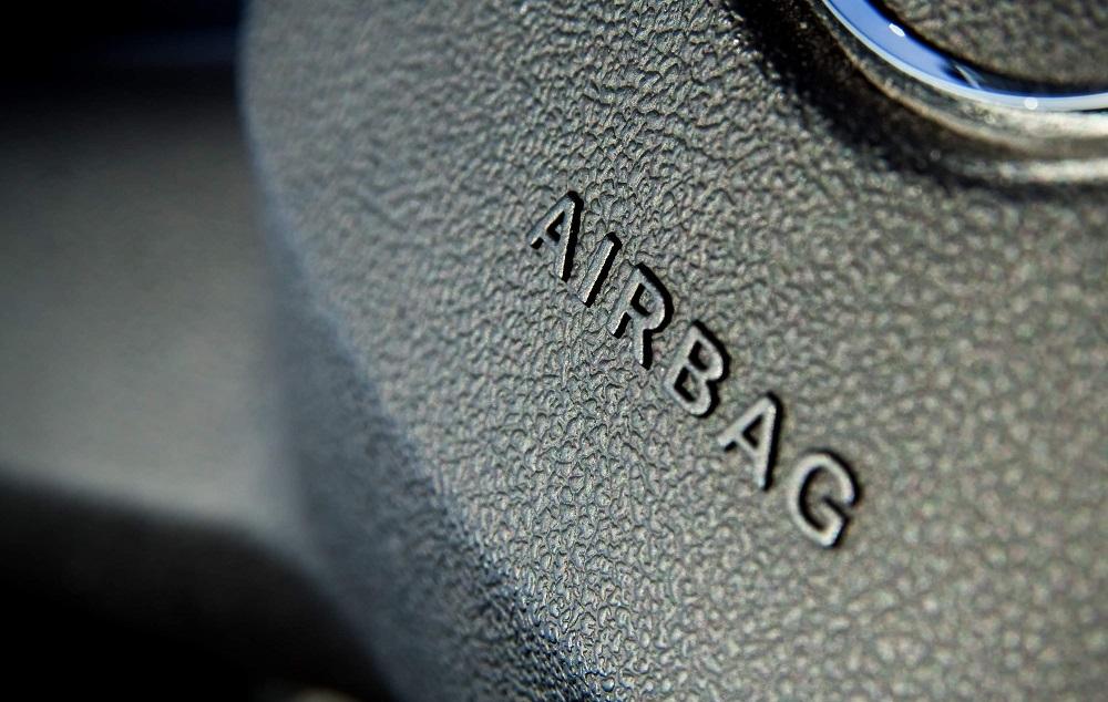 Túi khí trên ô tô