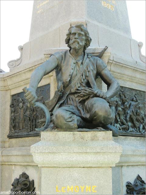 Monumento a Paul Chomedey de Maisonneuve: Escultura de Charles le Moyne de Longueuil et de Châteauguay